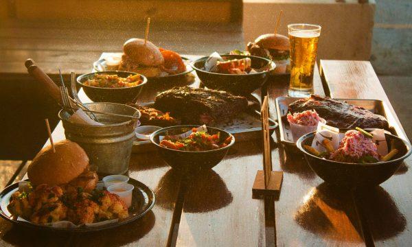 restaurant-table